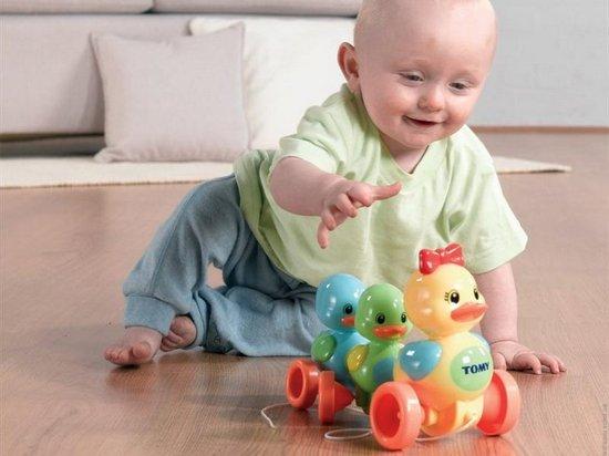 Развивающие игрушки-каталки для детей