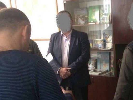 В Киевской области чиновник РГА получил $100 тысяч взятки