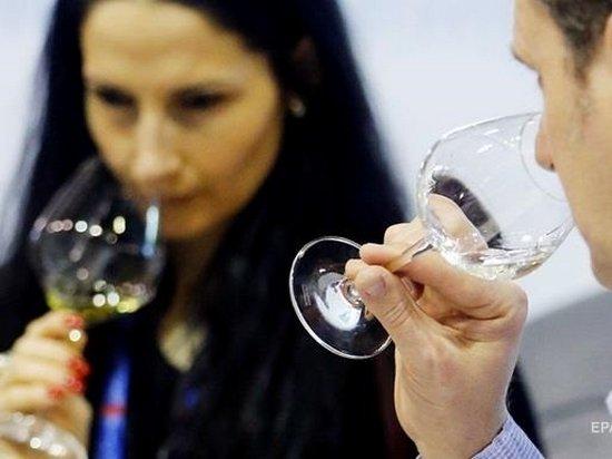 ВОЗ заявила о связи употребления алкоголя с заболеванием раком
