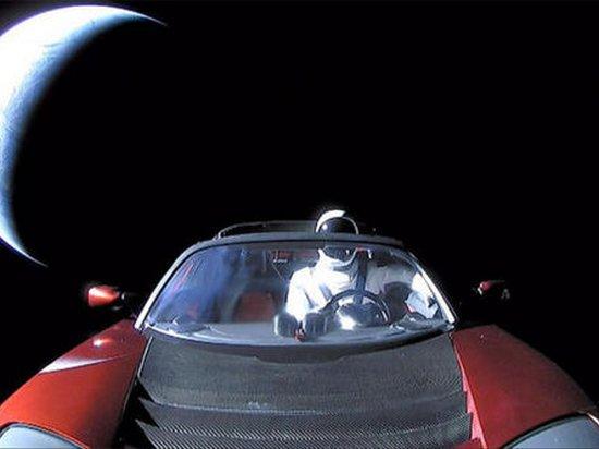 Радиация разрушит запущенный в космос Tesla Roadster за год — ученые