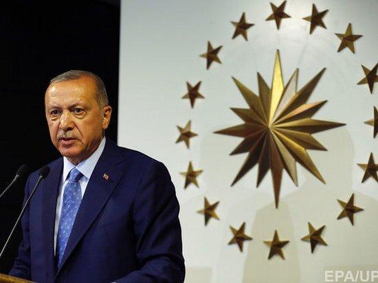 Глава избиркома Турции объявил о победе Эрдогана на президентских выборах