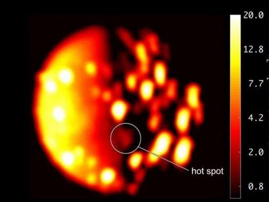 Зонд Juno обнаружил вулкан на спутнике Юпитера