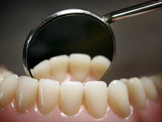 Исследователи рассказали, чем опасна зубная паста
