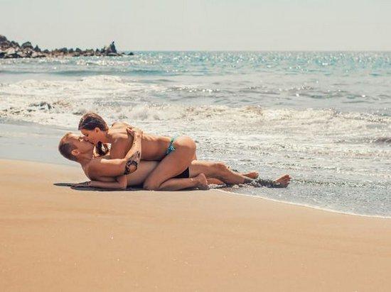 Ученые доказали, что сексуальные фантазии улучшают отношения