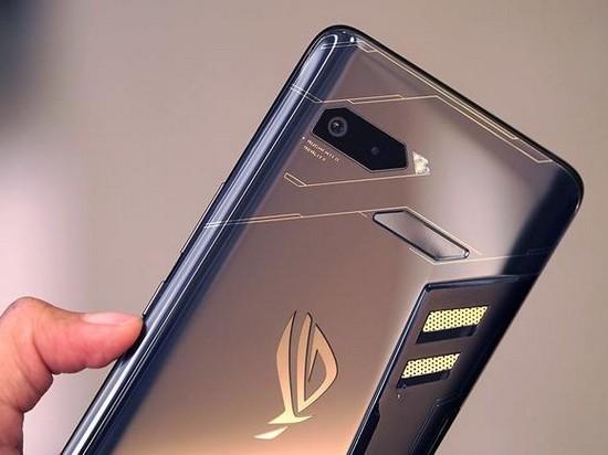 Эксперты назвали самый мощный смартфон сентября