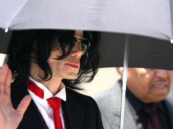Forbes опубликовал рейтинг самых богатых умерших знаменитостей