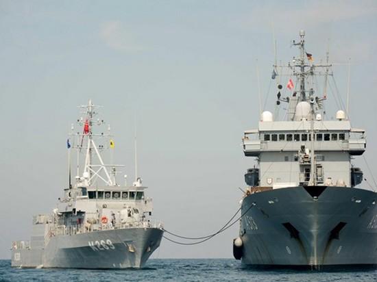 В Грузию прибыли военные корабли НАТО