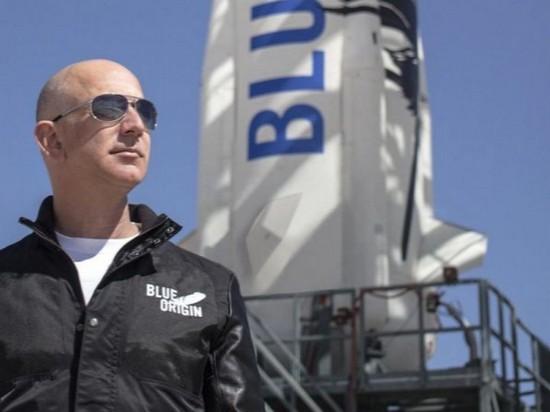 Безос поможет построить космический интернет конкурентам Маска