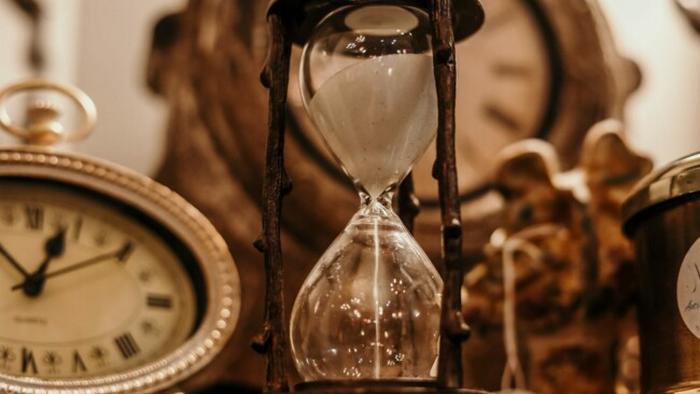 Переход на зимнее время: когда украинцы переводят часы осенью-2020