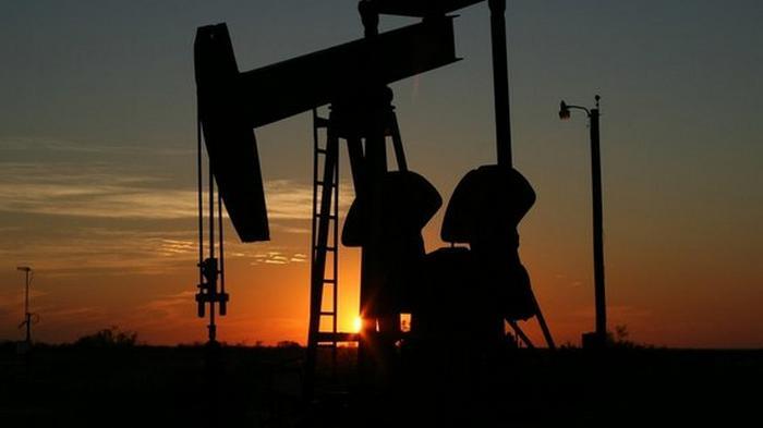 Цена на нефть Brent упала ниже $38 впервые за четыре месяца