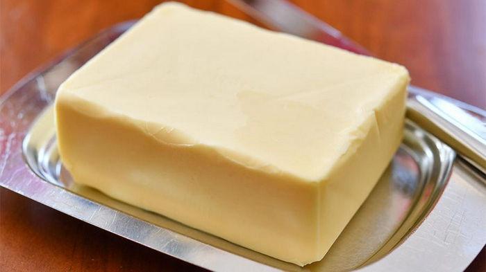 Масло — только название. Антимонопольный комитет оштрафовал 5 молочных компаний за обман