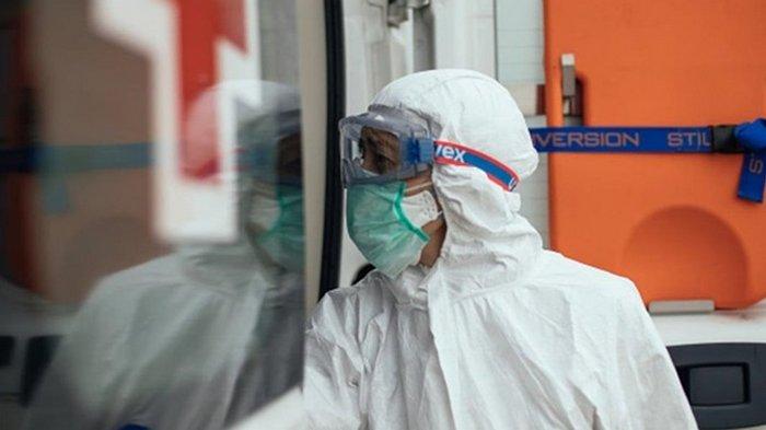 В Украине выявлено 9 832 новых случая COVID-19