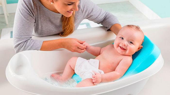 Как выбрать детскую ванночку для новорожденного?