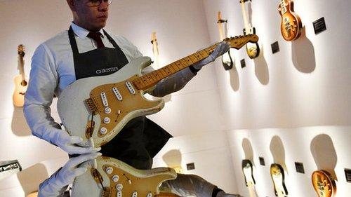 Спрос на гитары бьет рекорды. Крупнейший производитель назвал причины