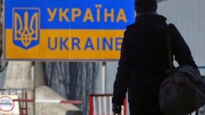 Названы страны, куда чаще всего эмигрируют украинцы