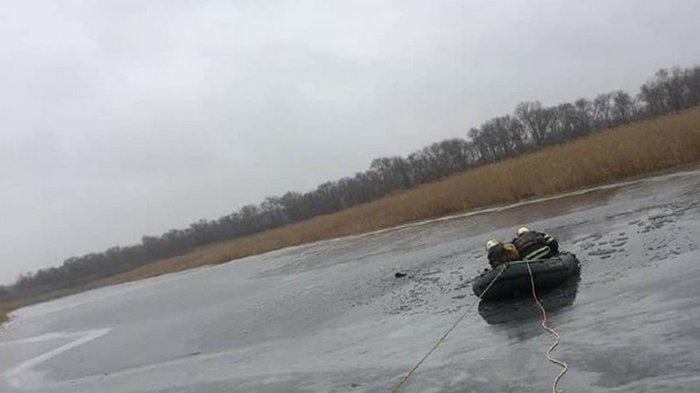 В Черкасской области два рыбака спасли подростка, а сами утонули