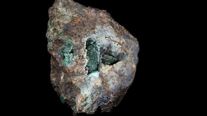 В Британии открыли новый минерал (фото)