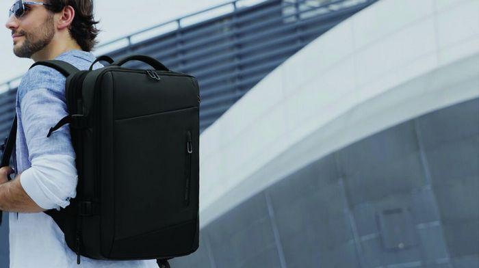 Почему популярен бренд Mark Ryden и его рюкзаки?