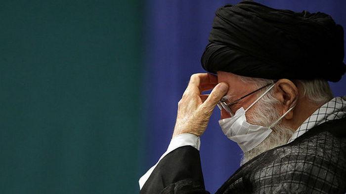 Аятолла Хаменеи запретил ввозить в Иран американские и британские вакцины от COVID-19