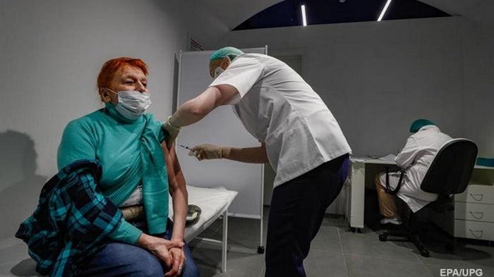 ЕС отдаст лишние COVID-вакцины бедным странам