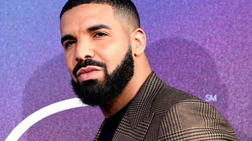 Рэпер Дрейк побил мировой рекорд на Spotify (видео)