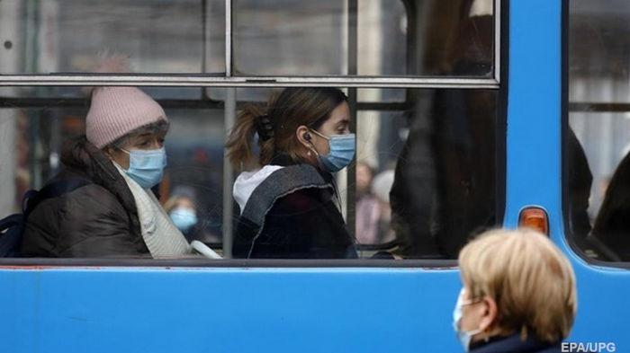 Число COVID-инфицированных в мире превысило 106 млн