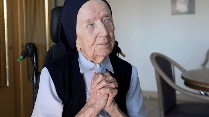 Старейшая жительница Европы вылечилась от COVID-19 перед 117-летием