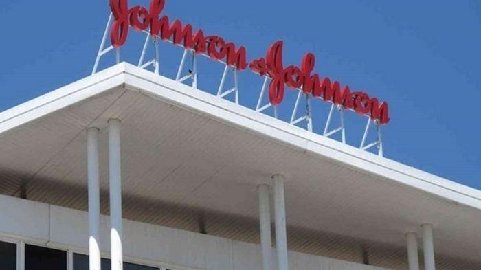 Johnson & Johnson подала заявку на разрешение COVID-вакцины в ЕС