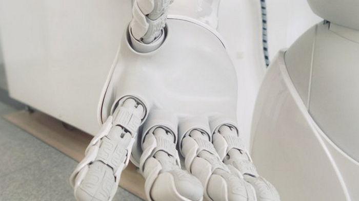 Ученые создали магнитные подушечки пальцев для роботов, чтобы наделить их осязанием