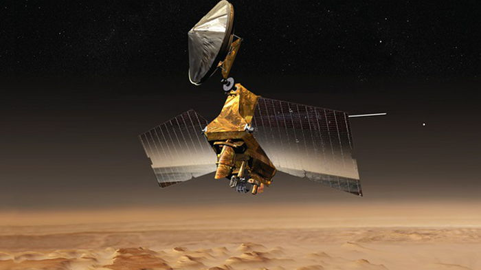 Аппарат NASA снял морозные дюны на Марсе (фото)