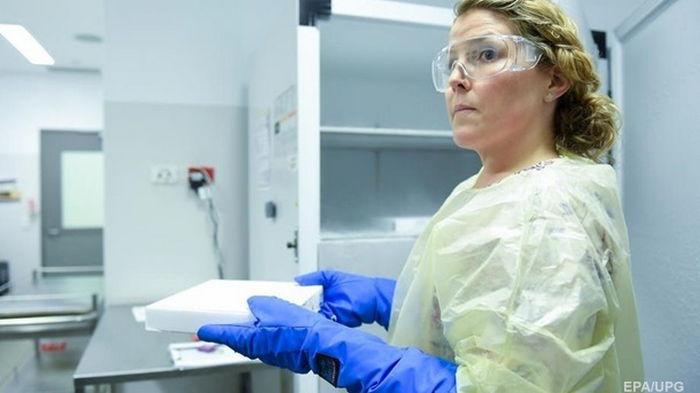 Тысячи иностранцев приехали в Сербию за бесплатной вакциной