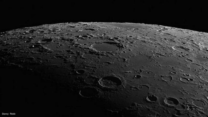 Терминатор на Луне: американцы показали его вблизи (видео)