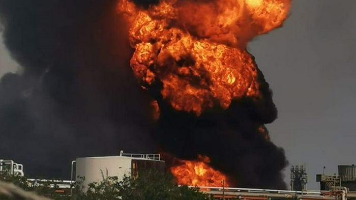 На НПЗ в Мексике произошла серия взрывов