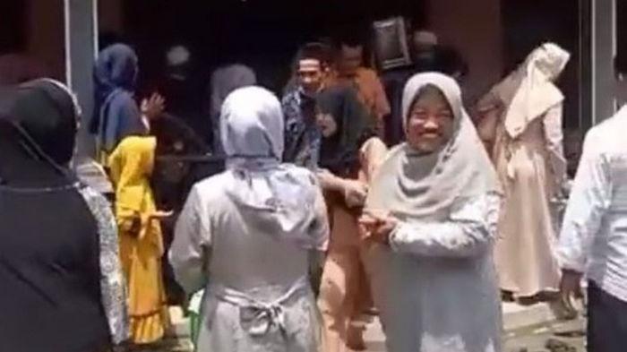 Мужчина перепутал невесту из-за Google Maps (видео)
