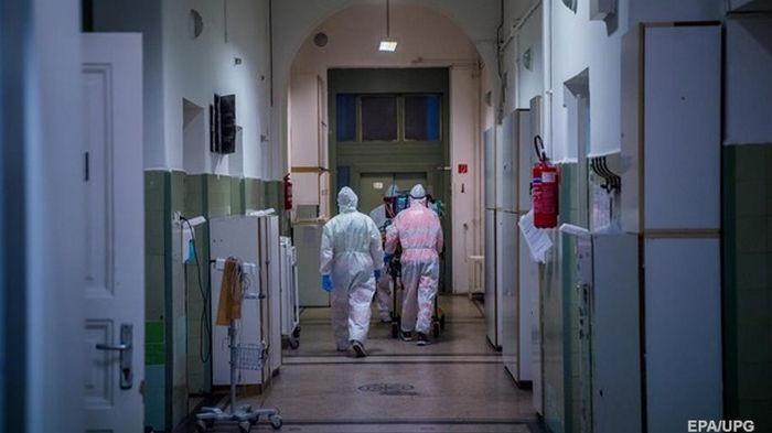За день COVID-19 заболели 4538 украинцев