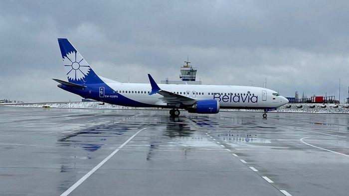 Кабмин запретил зарегистрированным в Беларуси воздушным судам летать над Украиной