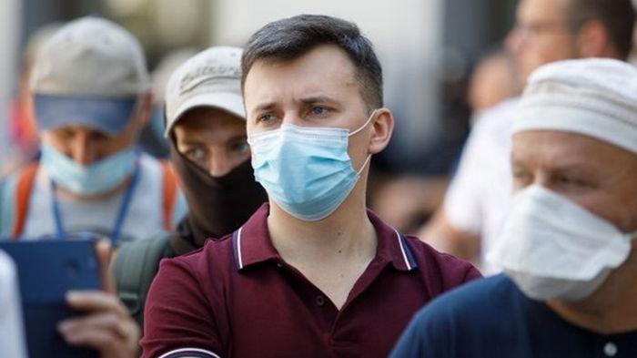 Ученые ожидают дальнейший спад COVID-19 в Украине