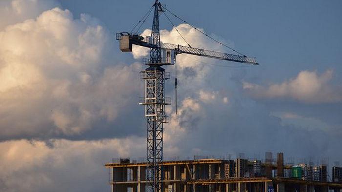 Кабмин предложил ввести НДС на продажу жилья в новостройках