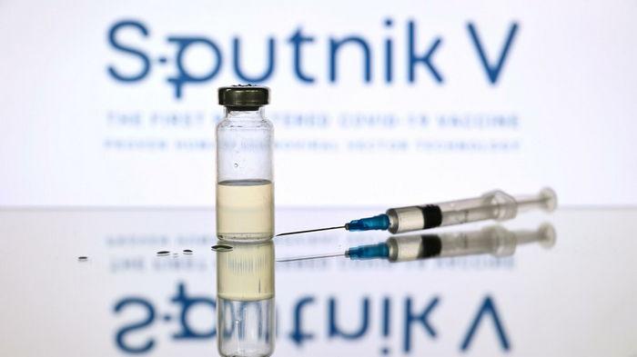 Бразилия одобрила импорт российской вакцины от коронавируса Спутник V