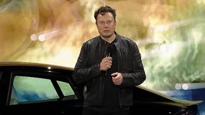Илон Маск представил флагман Tesla Model S Plaid