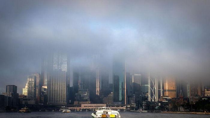 На Сидней опустился плотный туман (видео)