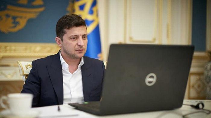 Зеленский ветировал закон о тюрьме за ложь в декларациях