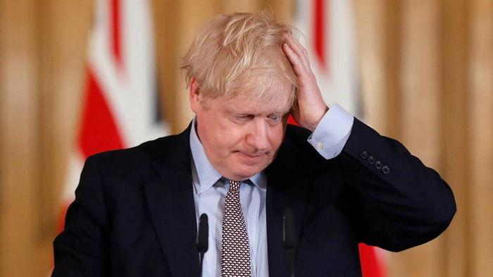 Джонсон выразил обеспокоенность из-за распространения индийского штамма коронавируса в Британии