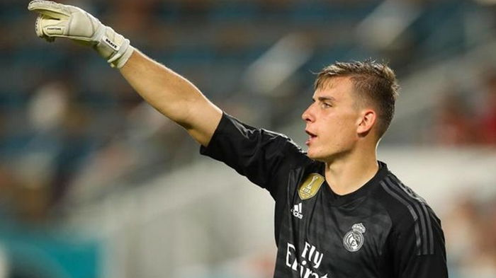 Лунин имеет несколько вариантов продолжения карьеры в Реале