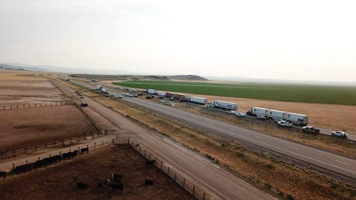 В США десятки авто столкнулись из-за пыльной бури, семь погибших