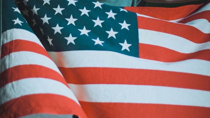США отправляют россиян за визами в другие страны
