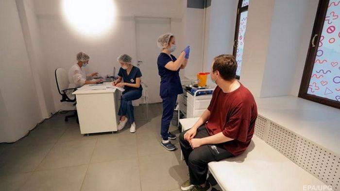 За неделю сделано более 900 тысяч прививок - МОЗ