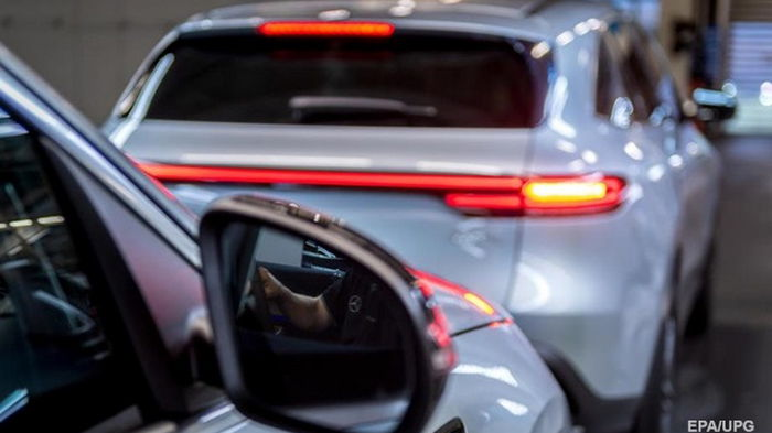 В Украину ввезли рекордное за месяц количество б/у авто