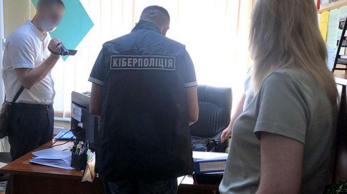 В Киеве преподаватель ВУЗа провернула аферу на 600 тыс. грн