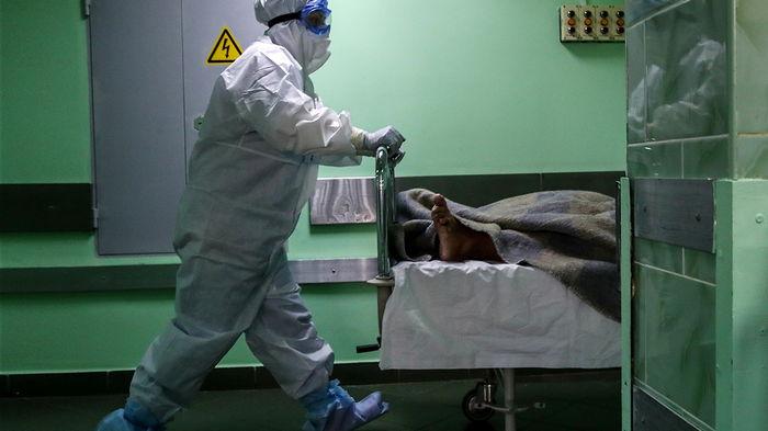 Число жертв пандемии превысило 4,5 млн человек